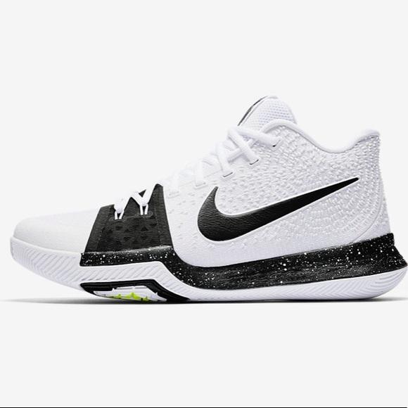 the best attitude 0946e 8de55 Nike Kyrie Irving 3